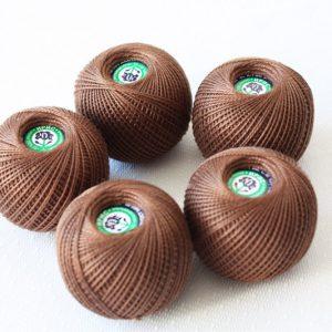 Ирис коричневый
