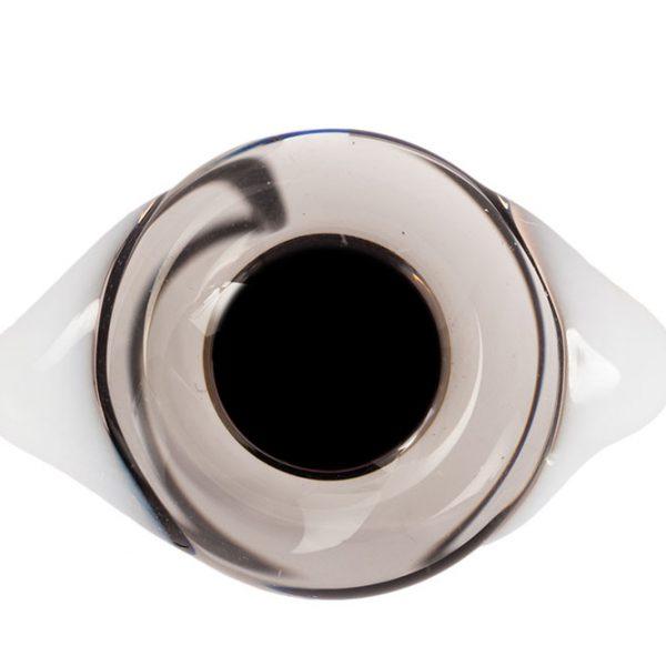 Глаза с белками Серые