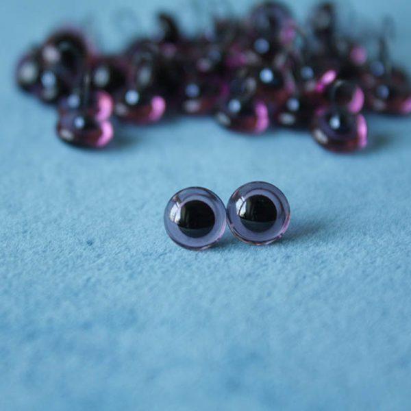 Глаза фиолетовые