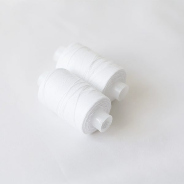 Нитки 100 ЛЛ 200 м белый